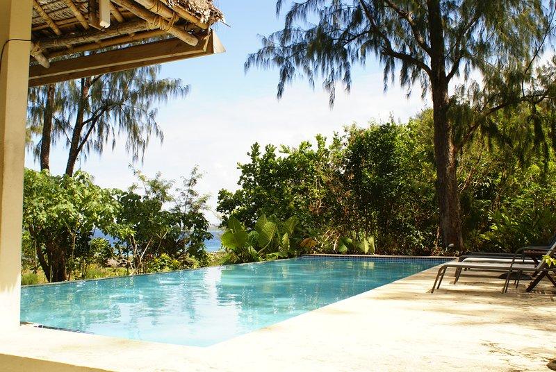SENTOSA VILLA WEST, vacation rental in Port Havannah