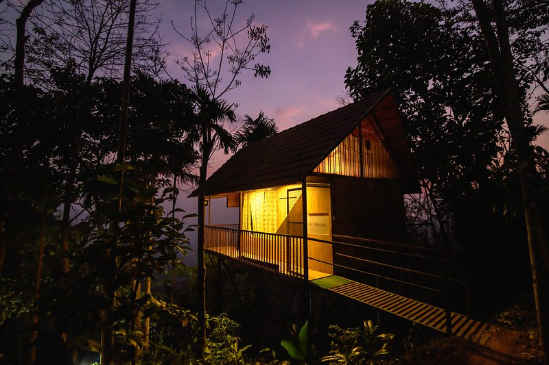 The hillock resorts-tree house, vakantiewoning in Lakkidi