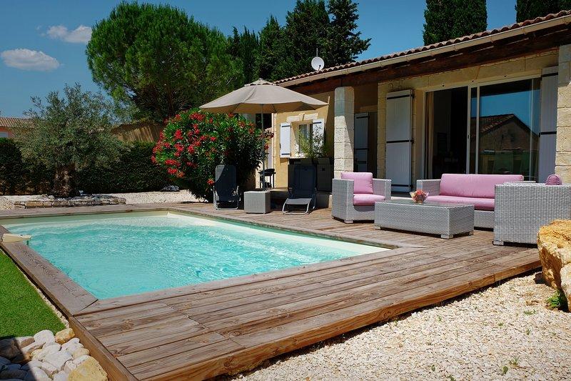 PROMOTION JUIN - Maison  3 étoiles tout confort - Piscine privée et chauffée, holiday rental in Cornillon