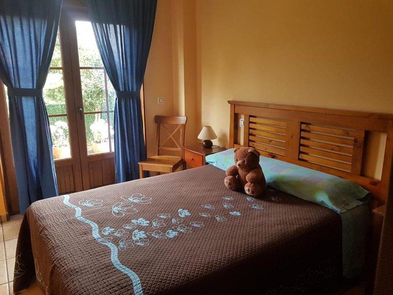 Villa Luisa Apartment, casa vacanza a Solares