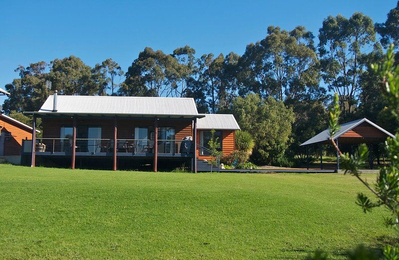 Chalet on Percheron, holiday rental in Margaret River
