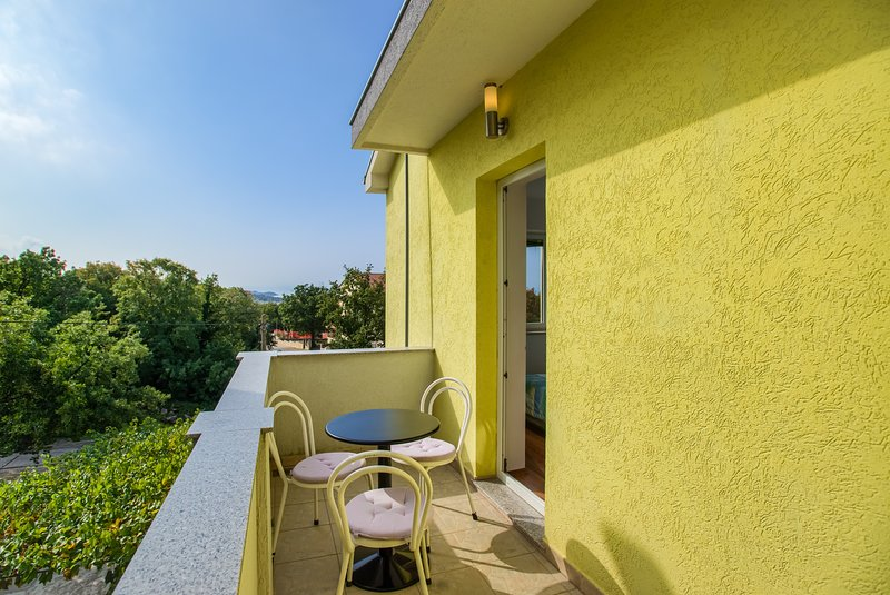 Apartments Kovacic - One Bedroom Apartment with Balcony, holiday rental in Kraljevica