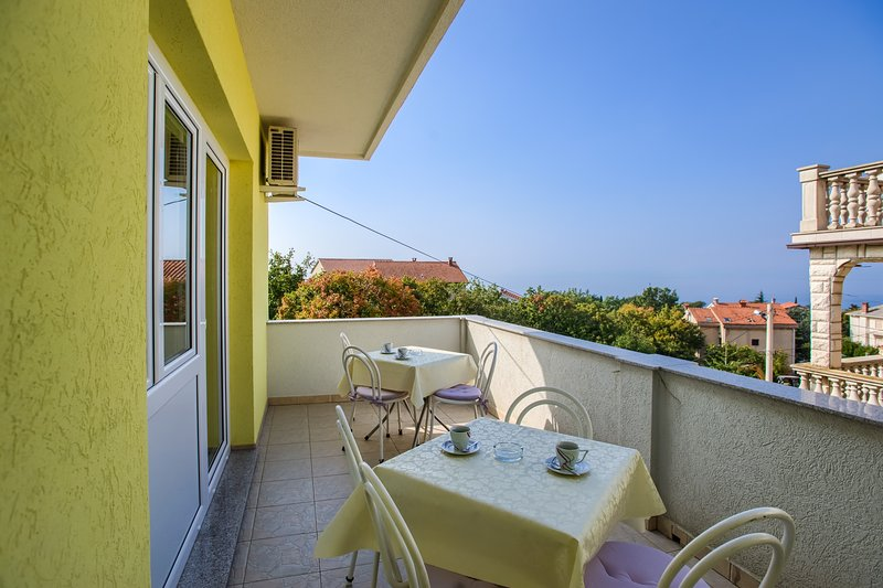 Apartments Kovacic - Two Bedroom Apartment with Balcony, holiday rental in Kraljevica
