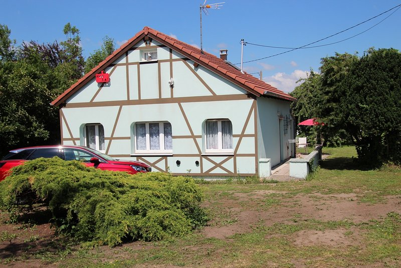 Nice house with terrace, holiday rental in Saverne