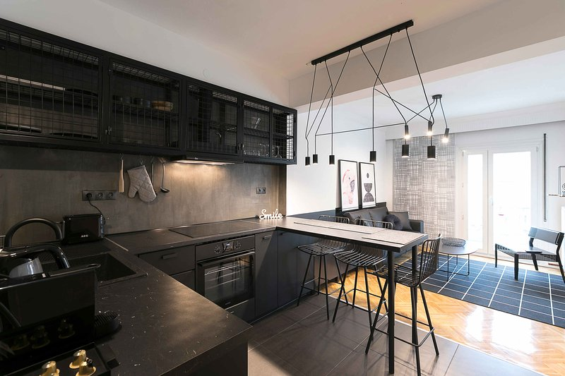 #FLH - Traveller's Nest Apartment in Thessaloniki, alquiler de vacaciones en Agios Pavlos