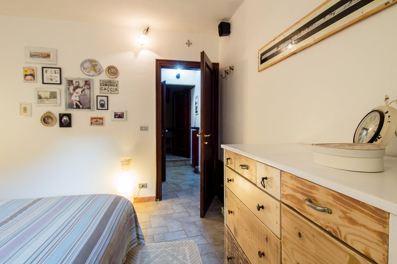 'La Bottega', casa vacanza a Frassineti, immerso nella campagna emiliana, relax, vacation rental in Serramazzoni