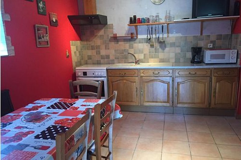 Acconat- Gite 2 pièces 6 personnes, holiday rental in Belval
