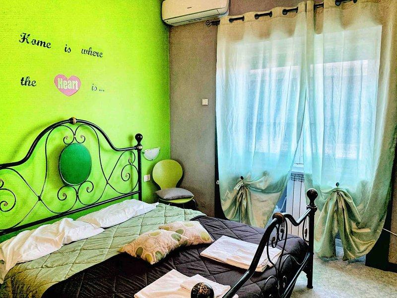 Nice apartment near the beach, casa vacanza a Lido di Ostia