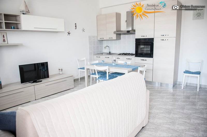 Casa Vacanze Cannotta Beach - Salina, vacation rental in Terme Vigliatore