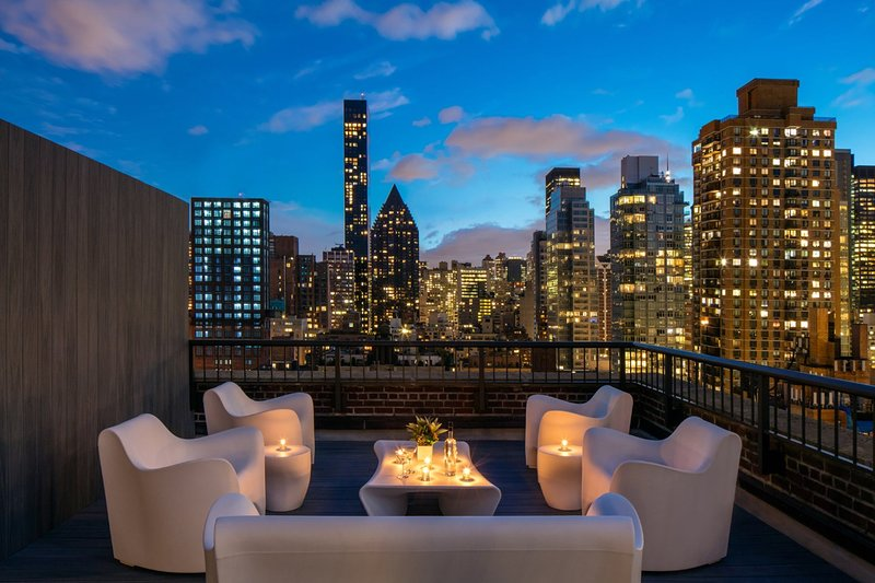 Midtown Manhattan Two Bed, Two Bath, Duplex Penthouse with breathtaking views, vakantiewoning in New York