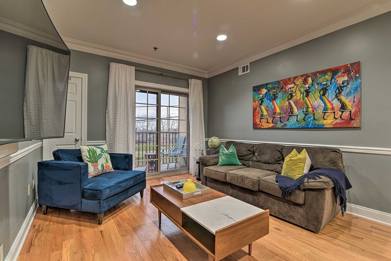 Modern Condo w/ Private Balcony < 13 Miles to NYC!, vacation rental in Rahway