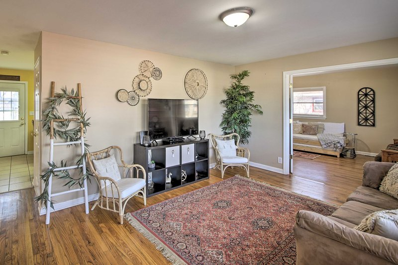 NEW! Cute Bohemian Home: 25 Mins to Downtown Indy!, vacation rental in Hamilton County