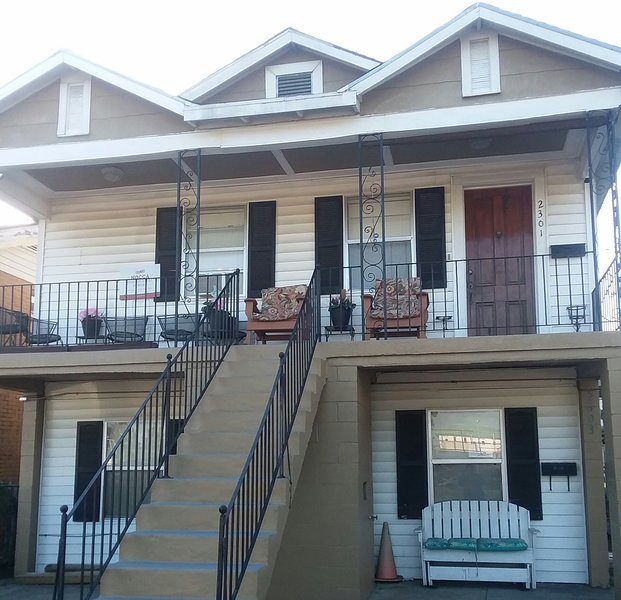 2303 Leonidas St. Room #6 Your Home Away from Home, holiday rental in Metairie