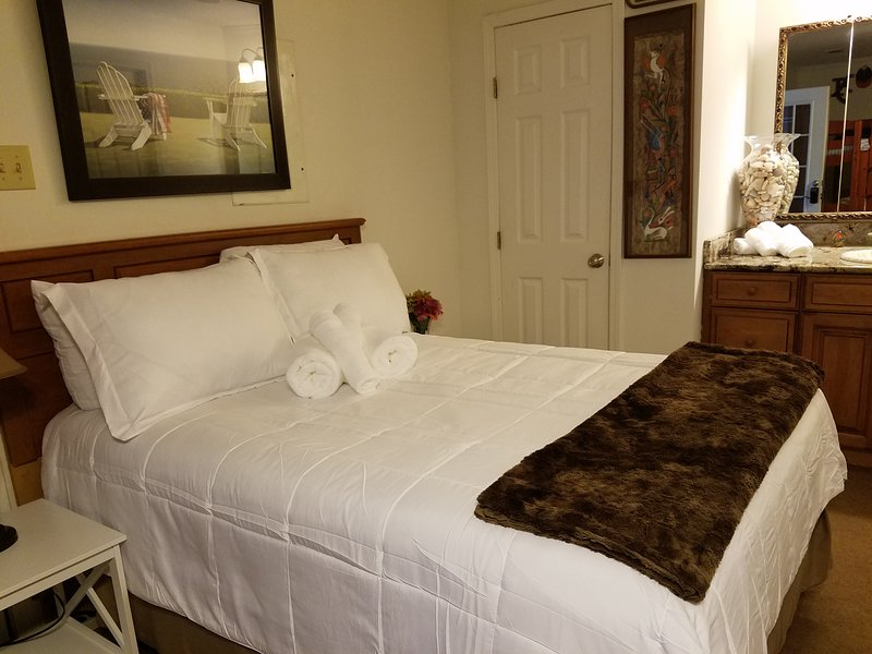 Vacationing on a budget near the beach, vacation rental in Daphne
