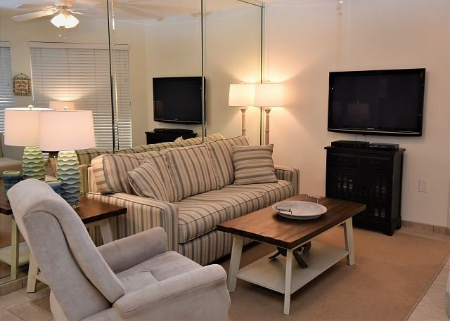 Sandpiper 4C ~ Beautiful Beachview Condo ~ Bender Vacation Rentals, location de vacances à Gulf Shores