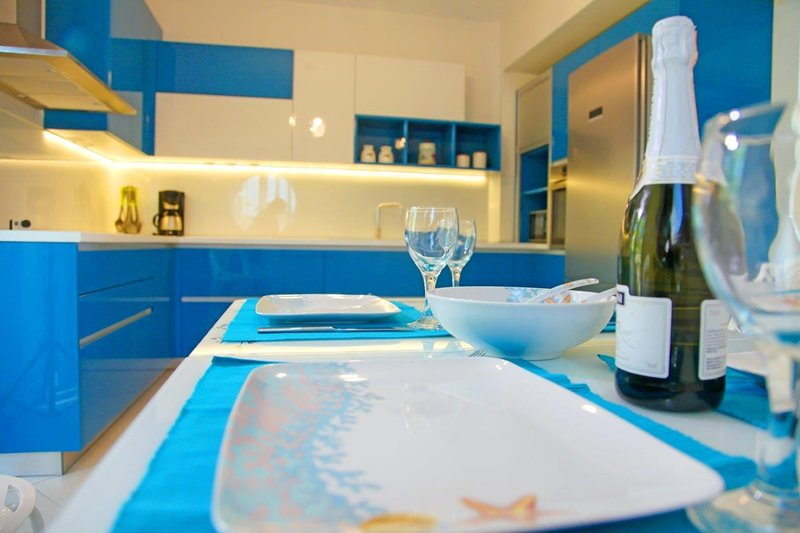 Quintessence Home Panorama, holiday rental in Metamorfosi