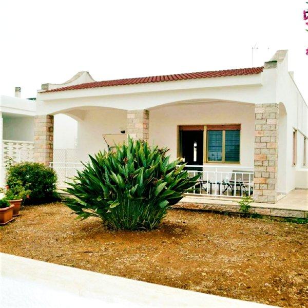 CasaDaMare Vacanze: Confort Totale e Relax a 130m dal mare di Gallipoli., holiday rental in Pizzo