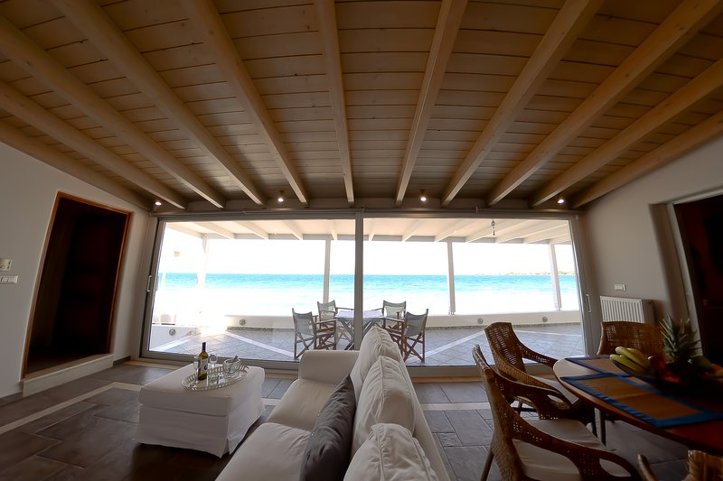 Patras Luxury Seaside House, holiday rental in Kaminia