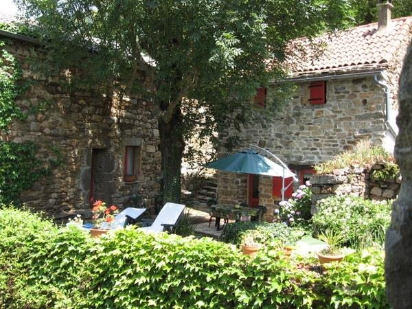 Beautiful house with mountain view, vacation rental in Rocles