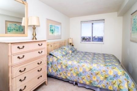 Furniture,Bedroom,Room,Indoors,Bed