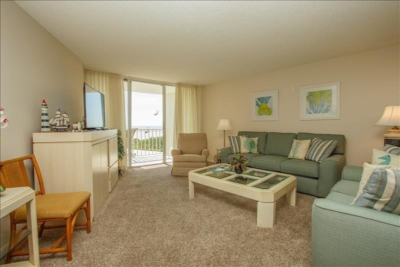 Muebles, silla, sofá, mesa, sala de estar