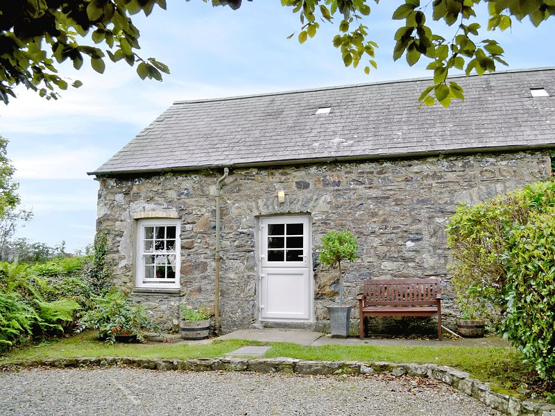 Shippen Cottage - W42504, holiday rental in Spittal