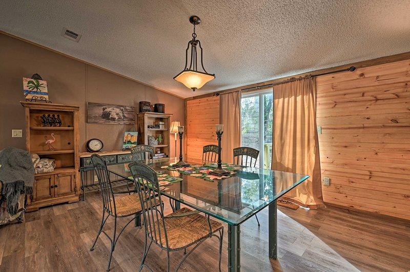 Peaceful Silver Springs Property - Pets Welcome!, holiday rental in Salt Springs