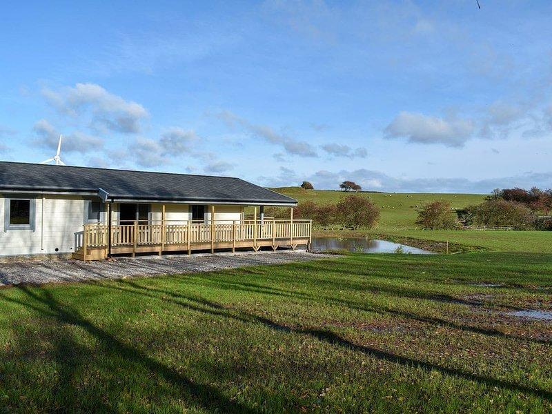 Oak Lodge - UK30005, holiday rental in Scales