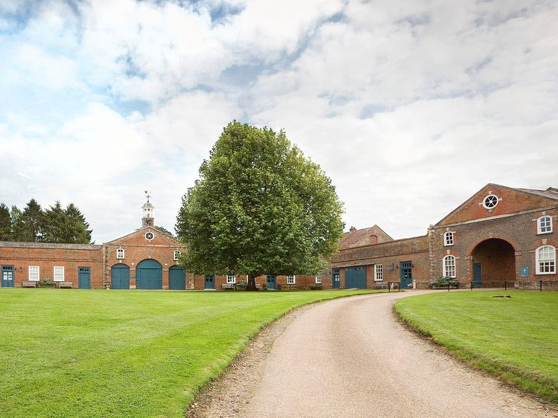 Courtyard Cottage, holiday rental in Haddenham