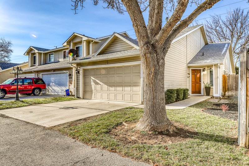 Friendly dog-friendly home w/ full kitchen - close to downtown Boise!, vacation rental in Groveland
