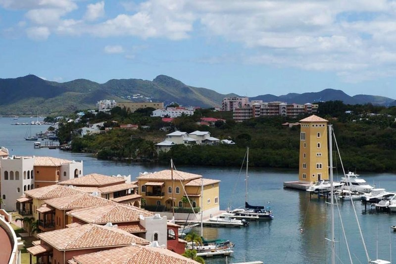 Condo Syriana | Ocean View - Located in Beautiful Porto Cupecoy with Private P, holiday rental in Sint Maarten