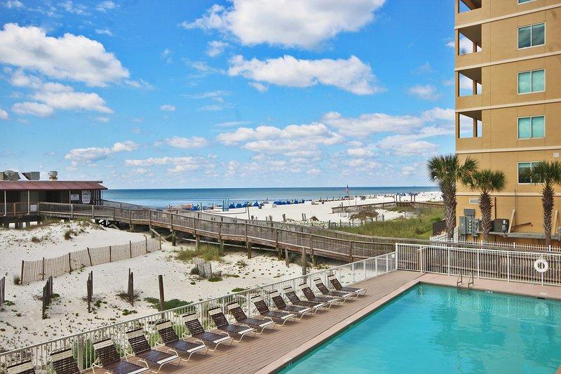 Condo au premier étage du golfe donnant sur la piscine complexe au cœur de Gulf Shores