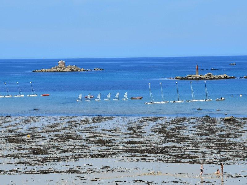 Villa avec panorama exceptionnel sur l'océan, casa vacanza a Plouescat