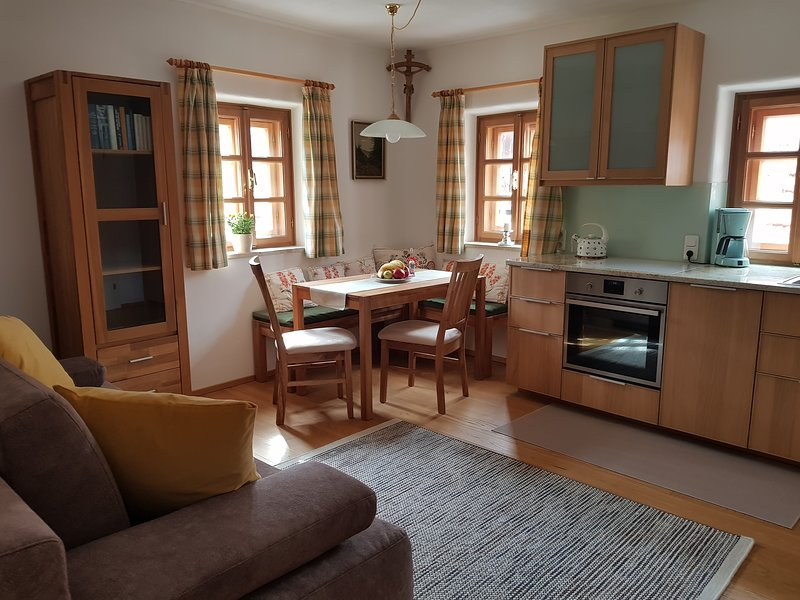 Ferienappartement am Leisnitzbach - Leonhardsblick, holiday rental in Lessach