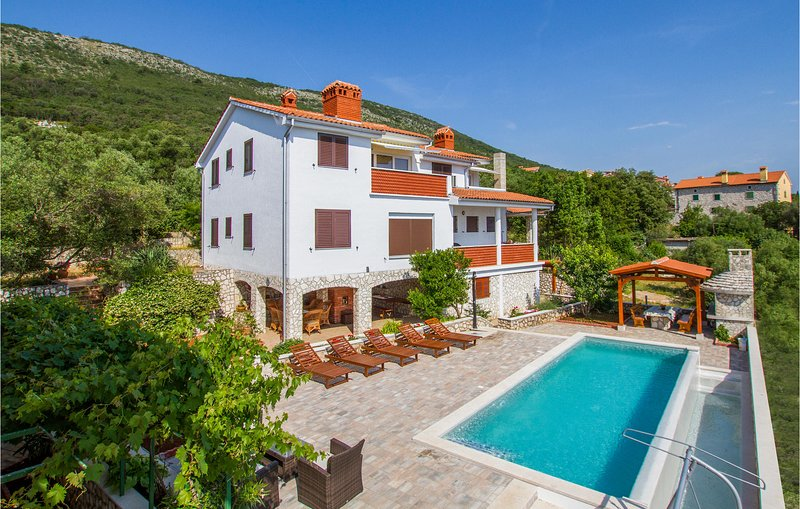 Stunning home in Labin with WiFi and 0 Bedrooms (CIK800), holiday rental in Ravni