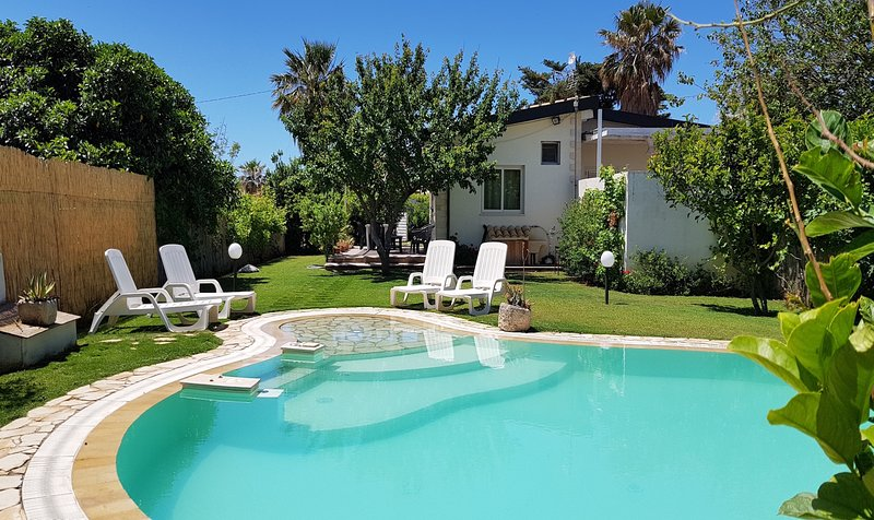 Villa Mamma Bianca, holiday rental in Donnalucata