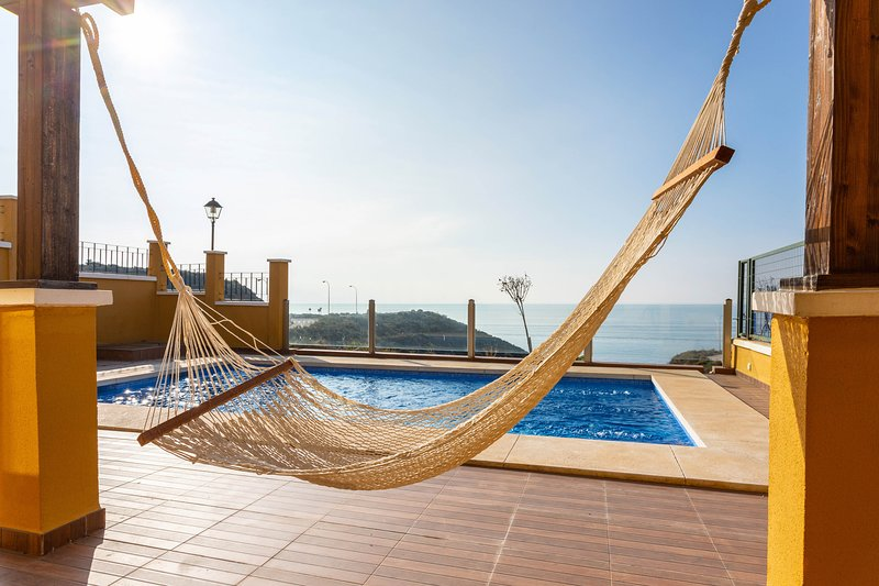 Inviting coastal casa w/ private pool overlooking the water!, vacation rental in El Morche