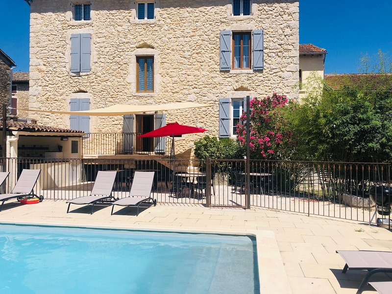Le mas des arches - AUZON, holiday rental in Lagorce