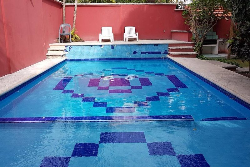 Cute apartment in a great location with swimming pool in Cancun, holiday rental in Cancun