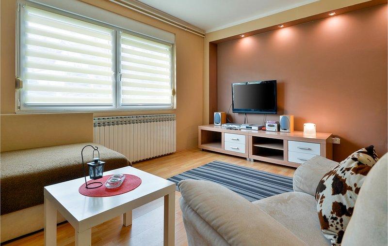 Stunning apartment in Sveti Ivan Zelina with 1 Bedrooms (CCC211), location de vacances à Sveti Martin