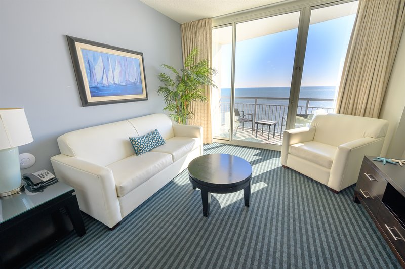 ⭐Direct Oceanfront Modern Furnishings, Great Location In Myrtle Beach, holiday rental in Myrtle Beach