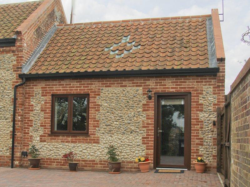 Annexe * Church Farm Barn, vacation rental in Hickling