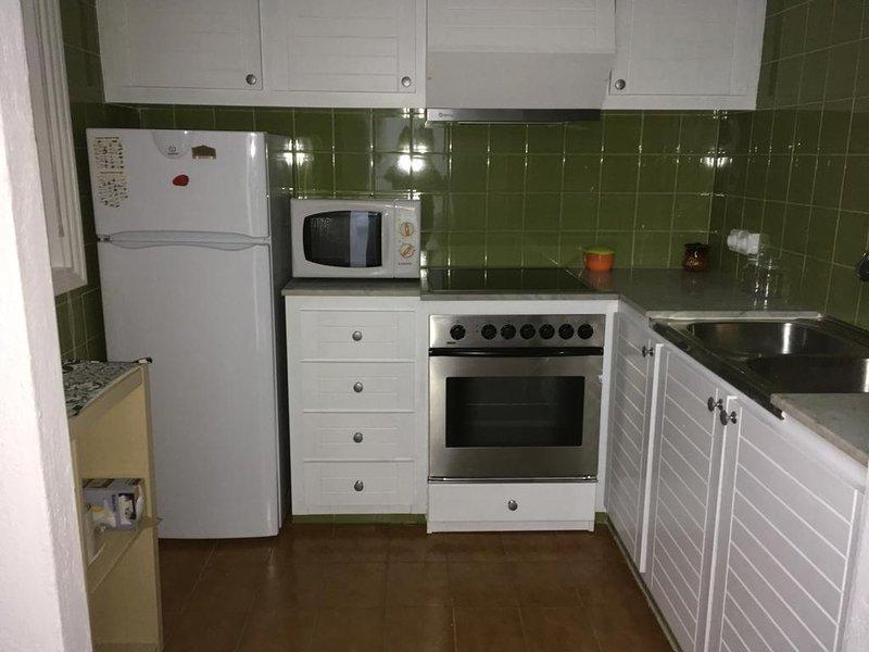 Apartamento a 2 min de la playa, vacation rental in Ciutadella