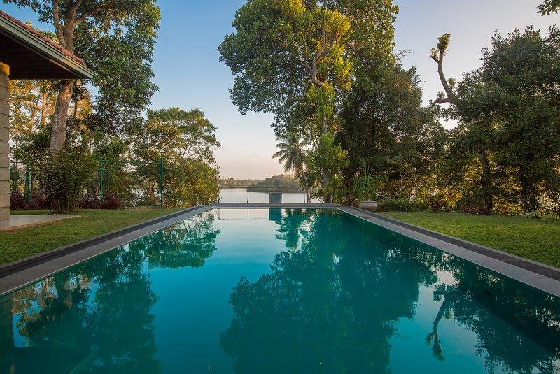 Nuga Gaha Watta Villa, Mirissa, vacation rental in Godagama