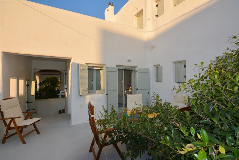 EMELIAS HOUSE SEA SIDE, holiday rental in Agia Anna