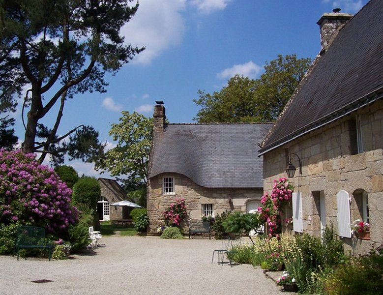 The Prettiest Privately Owned Hamlet in Brittany – semesterbostad i Baud