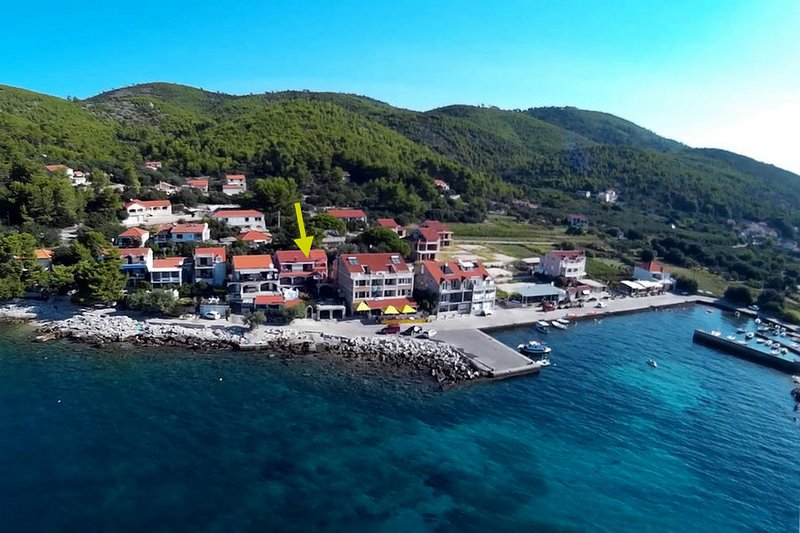 Apartments Prižba Bay - Two Bedroom Apartment with Terrace and Sea View, holiday rental in Prizba