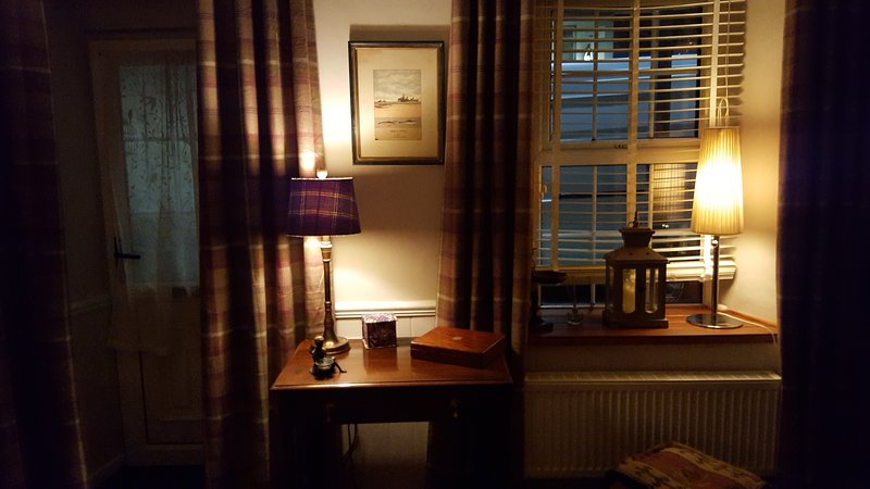 Evening ambience in sitting room (front door on the left)