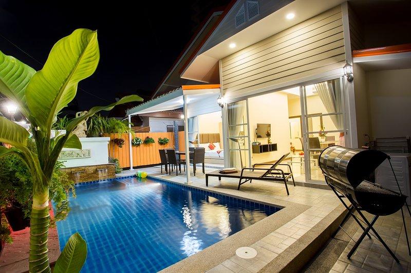 Villa con piscina privata a 300 metri a piedi dall'ingresso del cancello della spiaggia Questa villa è privata solo per te