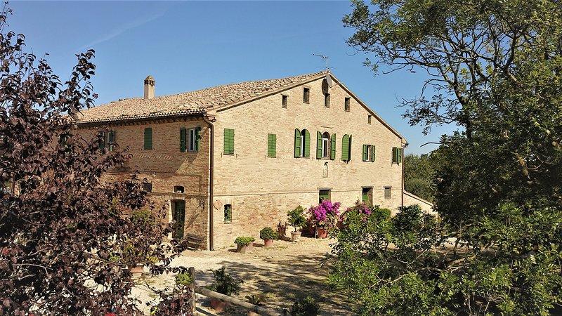 MONTETORTO COTTAGE DI CHARME, vacation rental in Agugliano